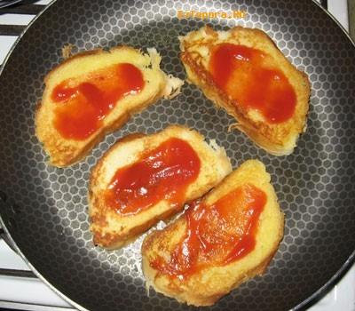 Тосты с сыром и колбасой