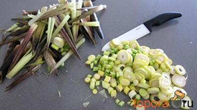 Тушеные побеги бамбука и ростки сои к мясным блюдам