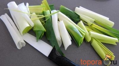 Эскалоп телятины, запеченный с сухарями и сыром